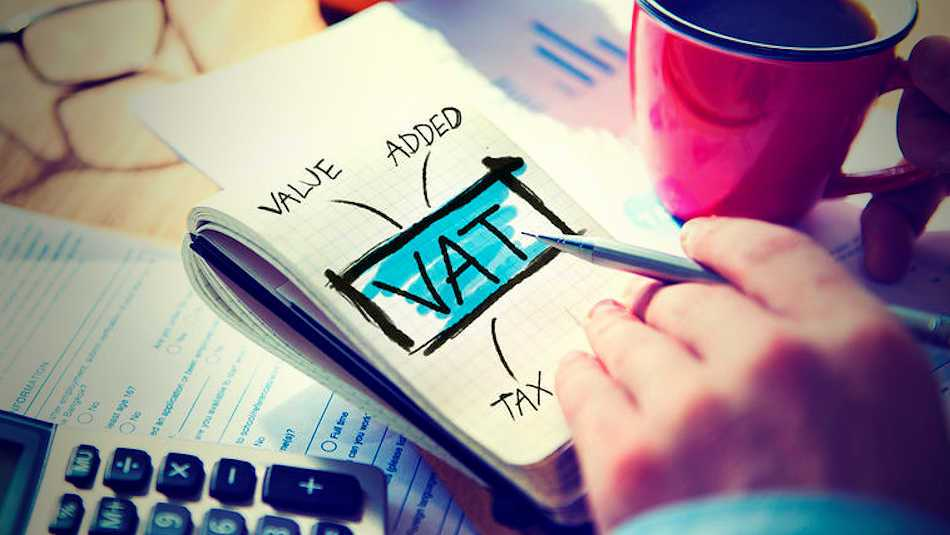If you're confused about VAT registrations and how do do your bookkeeping correctly, do give me a call!